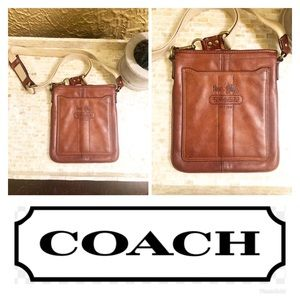 Coach Brown Leather Crossbody Bag / Purse! 🌸